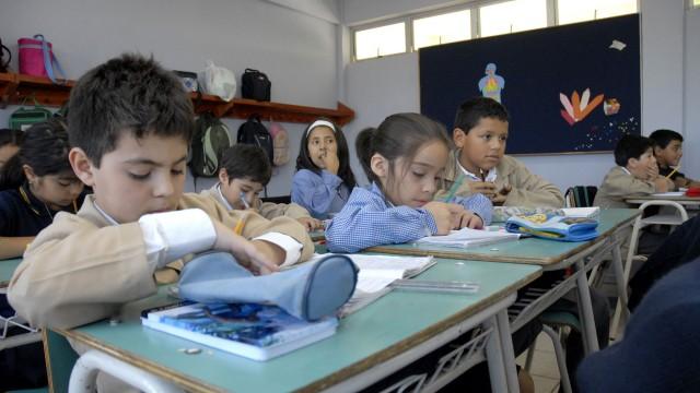 Niños_estudiantes_chilenos