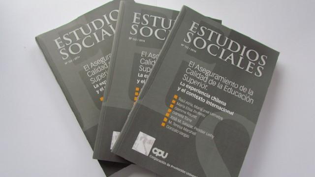 revista estudios sociales 122