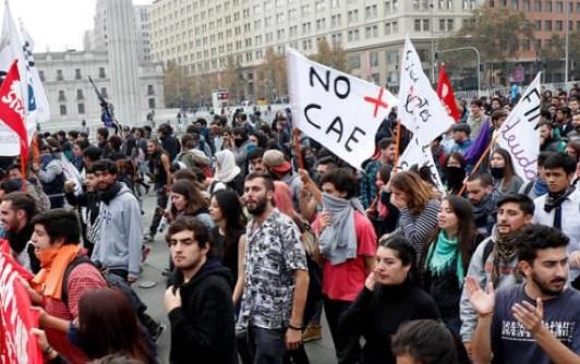 marcha estudiantes no mas cae